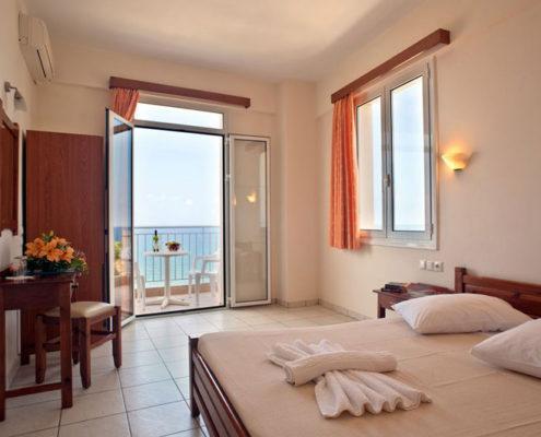 Renieris Hotel Rooms